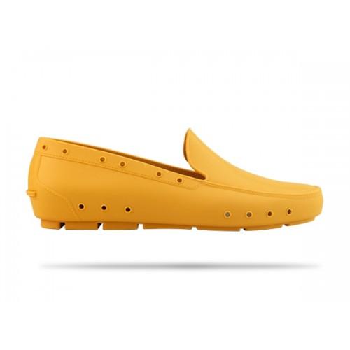 LAST CHANCE: size 6 Wock Mok Yellow