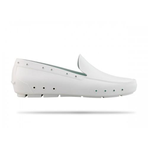 LAST CHANCE: size 8 Wock Mok White